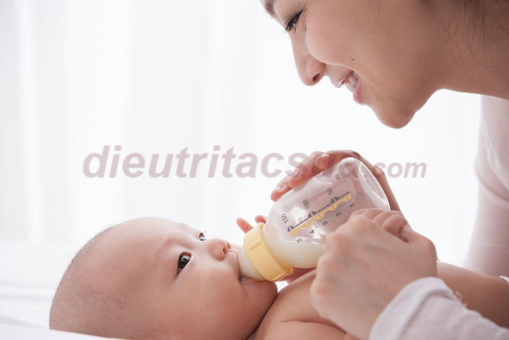 Sữa mẹ có mùi vị như thế nào?